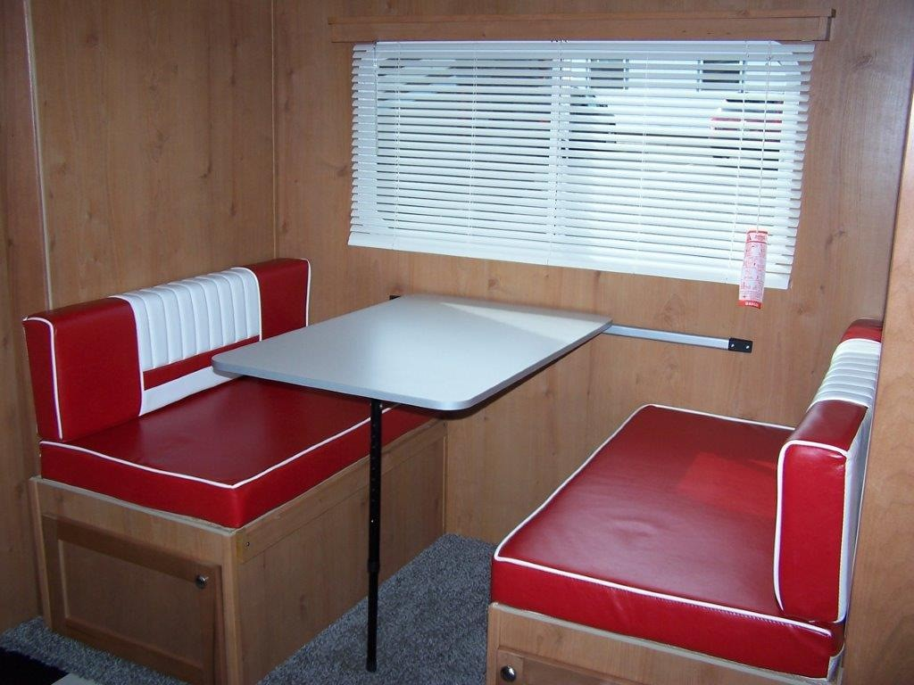 Compact Lightweight Travel Trailers Make Rv Camping Easy Rv Country Blog