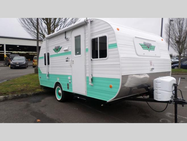 Paul Evert's RV Country Milton, OR Location Riverside Retro