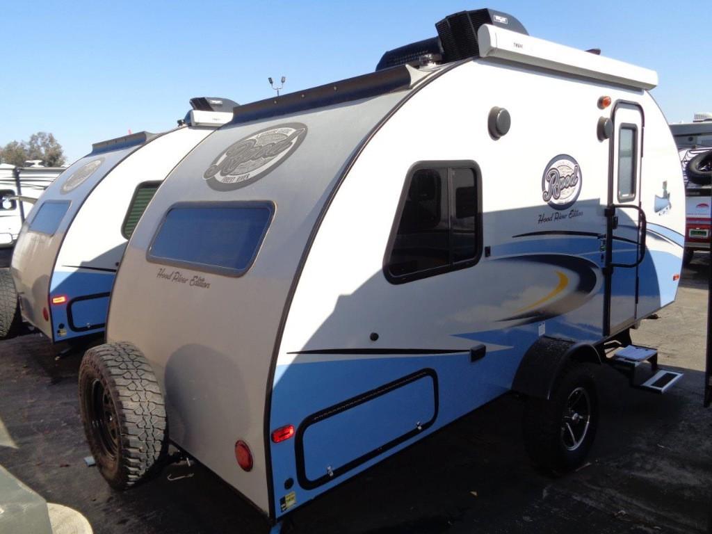 lightweight rpod travel trailer